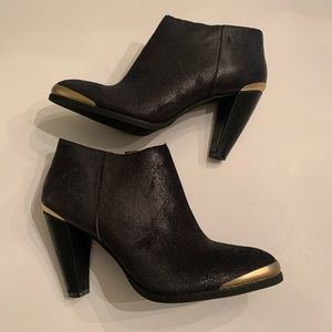 Nicole Black Ankle Boots. Size 6.5